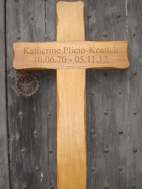 Rustic Oak Cross Grave Markers From 4memorialbench Co Uk